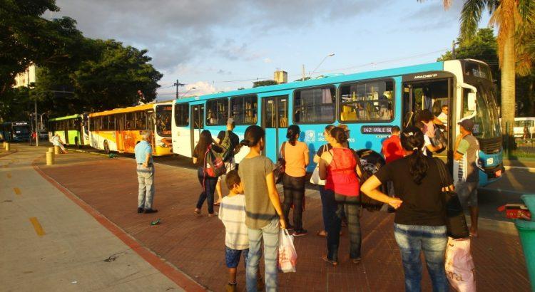 5 dicas para usar o transporte público com segurança.